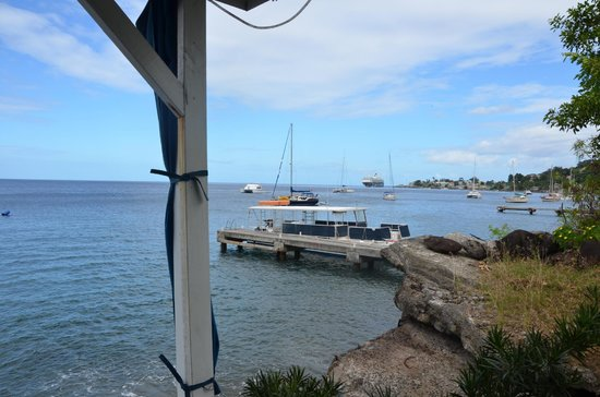 Evergreen Hotel: Roseau bay