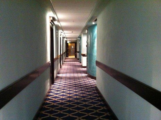 Dado Hotel International : Interno