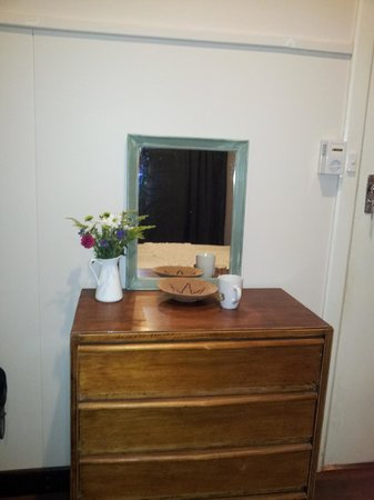 Bella's Country Place: Chest of drawers