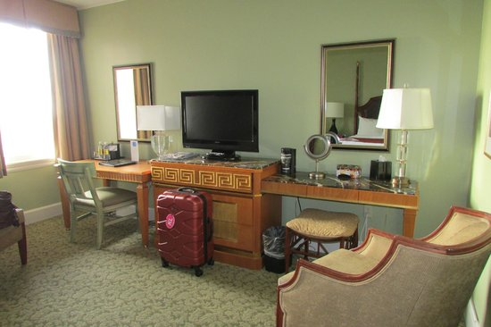 Francis Marion Hotel: vanity area with tv