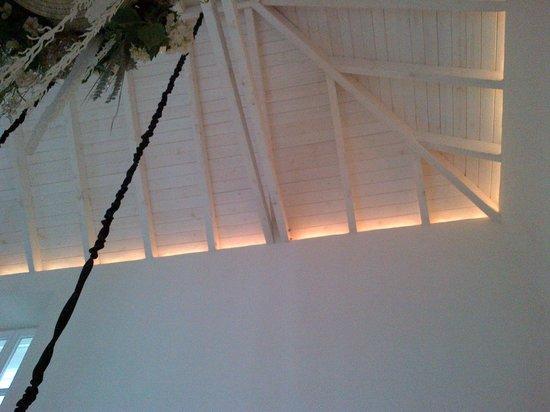 La Casa Del Rey: Ceiling detail