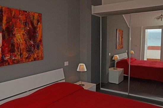 Camere Da Letto Reggio Calabria.Camera Da Letto Picture Of Residence Thalassa Reggio Calabria
