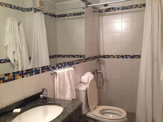 Punta Trouville Hotel : banheiro poderia ser com box de vidro
