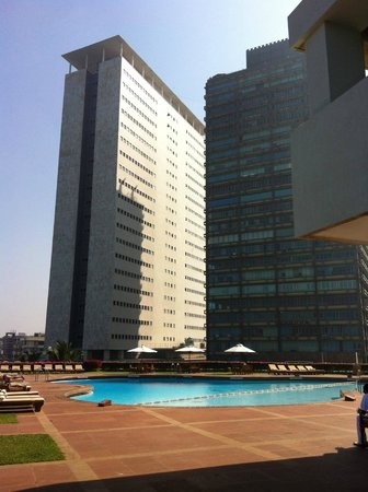 Trident, Nariman Point: The pool at the Trident