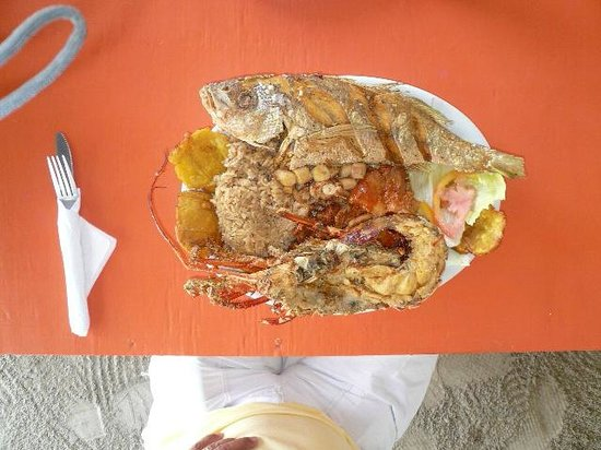 Divino Nino Jesus: Mixed Seafood Plate