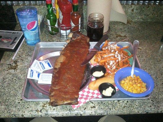 Sanford's Grub & Pub: All you can eat ribs!