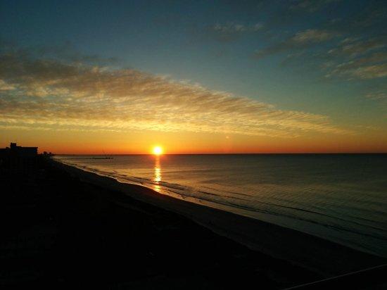 Atlantic Breeze Ocean Resort, Oceana Resorts: great view to wake up too!!