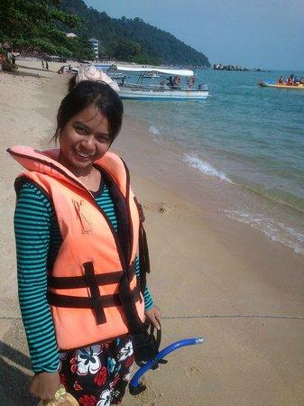 Sea View Hotel & Holiday Resort : my wife ready for jetski