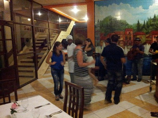 Hotel Club Acuario: Dancing after dinner with the band.