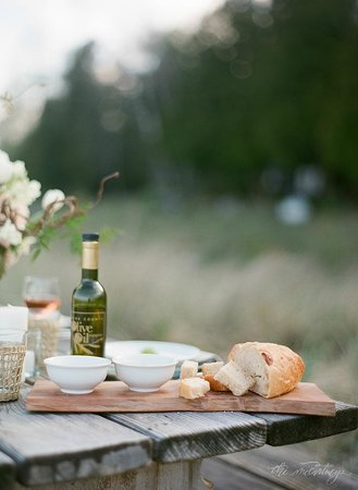 The Door County Olive Oil Company : Door County Olive Oil Company with oil & bread! Love!