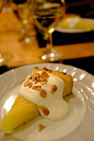 Casa SaltShaker: Dessert: Lemond Almond Cake