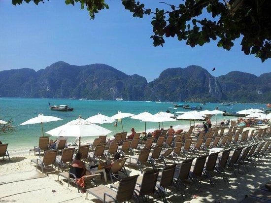 Bay View Resort: отельный пляж