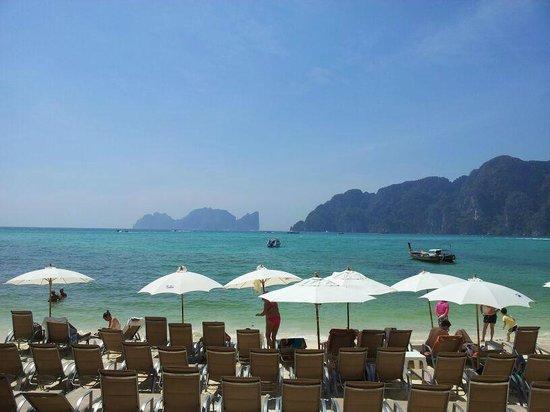 Bay View Resort: пляж