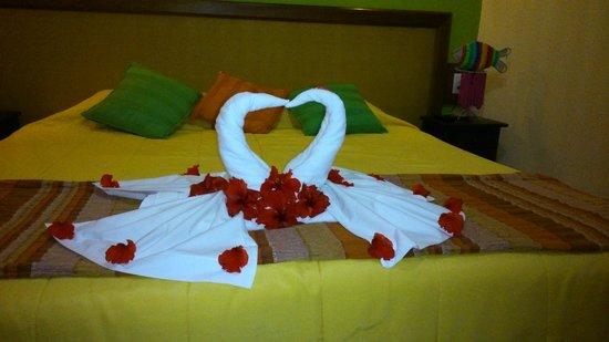 Pousada Marambaia Do Porto : Decoração romântica do quarto