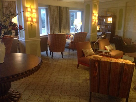 Thurlestone Hotel: The lounge