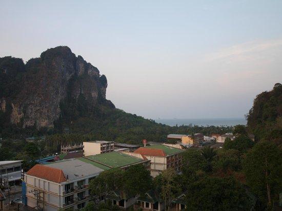 Krabi Cha-Da Resort: View to the ocean across town from top floor