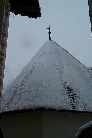 Hotel Alaska Val di Fassa: Tetto chiesetta