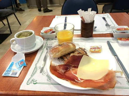 Hostal Baler: Мой завтрак
