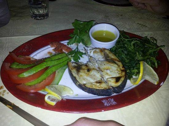 Tzivaeri Taverna: Gegrillter Schwertfisch