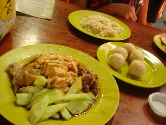 Malacca Heritage Centre: Chicken ball rice @ Nasi Ayam Hoe Kee
