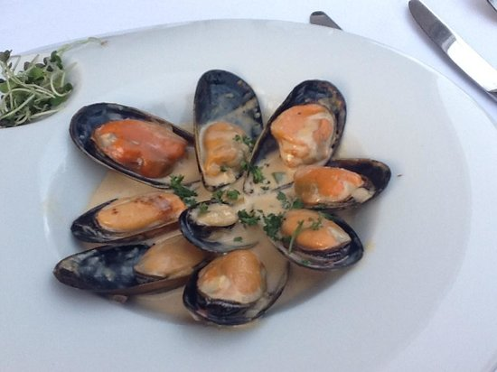 Emiliano Restaurant at Casa Velas Resort: Mussels