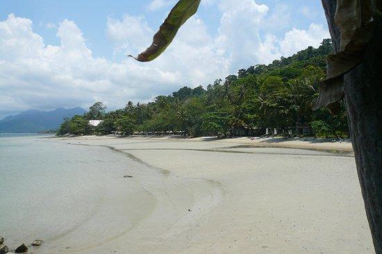 Siam Bay Resort: fin strand kristallklart vatten