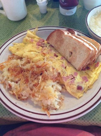 Dino's House of Pancakes: Ham and cheese omelette, hash browns, and toast