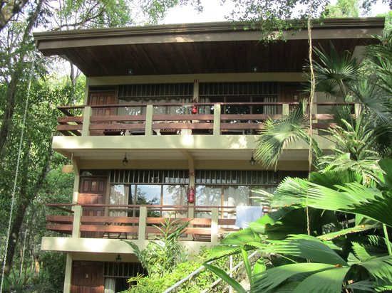 Jungle Beach Hotel at Manuel Antonio: That was our room top left!