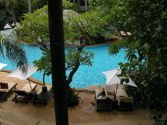 Ravindra Beach Resort & Spa: Вид из окна номера