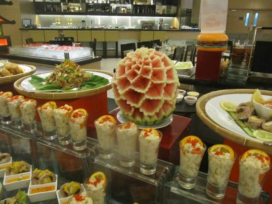 Quest Hotel and Conference Center - Cebu: Breakfast Buffet