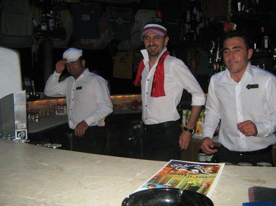 Orka Club Hotel & Villas: At the bar