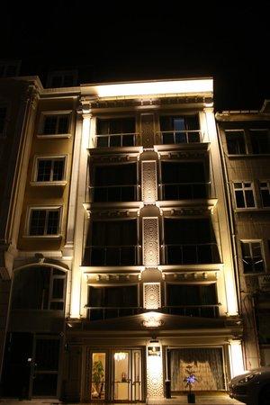 World Heritage Hotel Istanbul: Outside