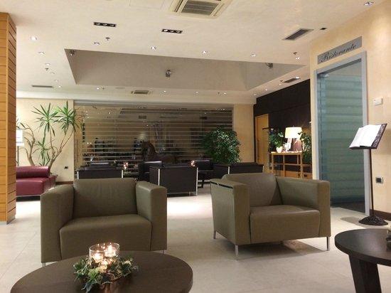Courtyard Venice Airport : Lobby