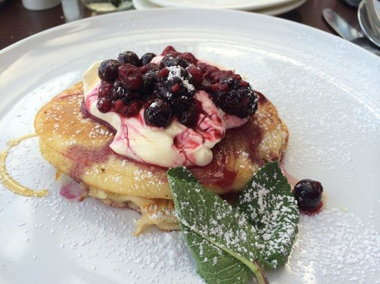 Ariel House: Pancakes - More Delicious than they look