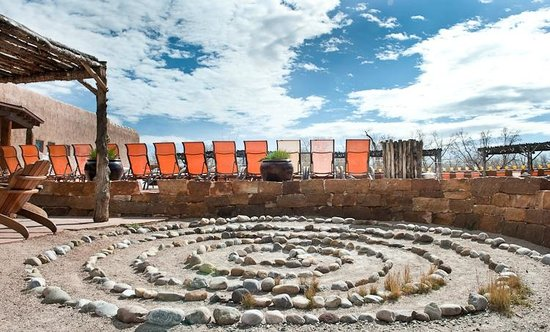 Ojo Caliente Mineral Springs Resort and Spa: labrynth