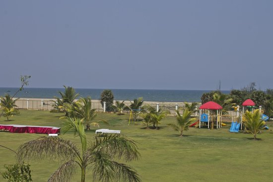 Le Pondy : View from Room