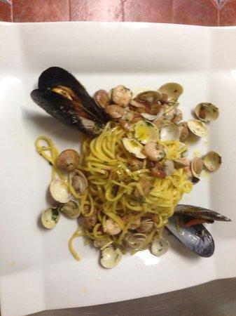 IL Roble Spaguetteria: Espagueti vongole
