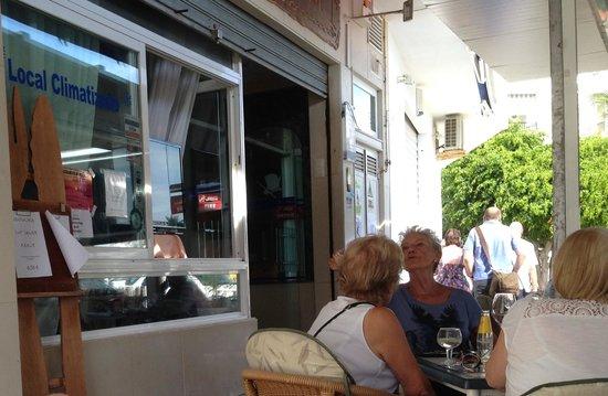 Andalusi: L'entrée du Restaurant