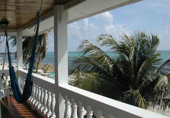 Blue Tang Inn: view from balcany