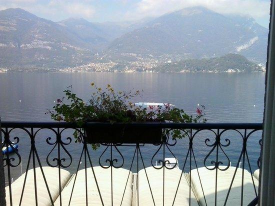 Hotel Villa Aurora: kamer met uitzicht op het meer