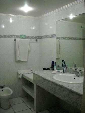 Hotel Club Al Moggar : Bagno