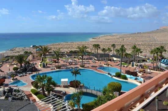 SENTIDO H10 Playa Esmeralda: Blick von der Hotel-Terrasse an der Bar