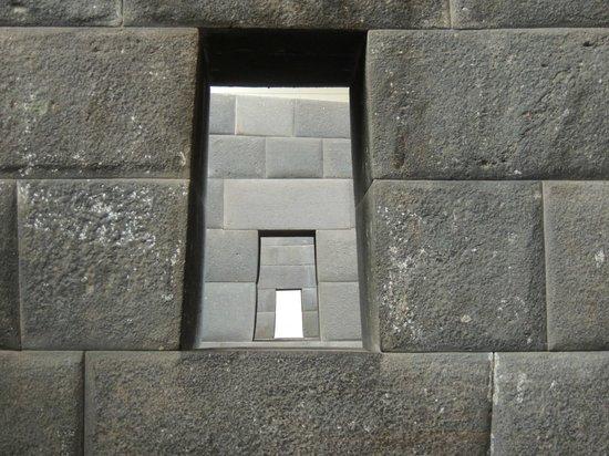 Convento de Santo Domingo: Qorikancha