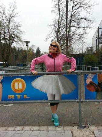 Bavarian Film Studio: Как я выгляжу в этой балетной пачке?