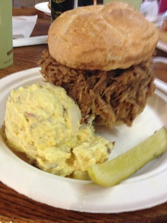 The Cabin Cafe : Big Bad BBQ