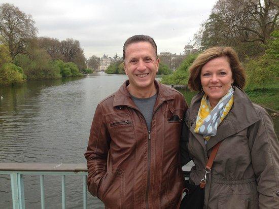 London Private Tours : John & Stephanie Norris Enjoying a Spring Morning in Hyde Park  London