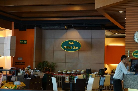 Royal Phuket City Hotel: Hotel restaurant
