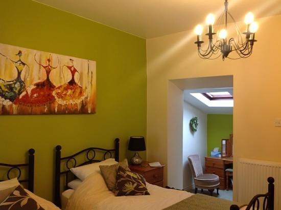 The Bull's Head Inn Foolow Restaurant: lovely twin room