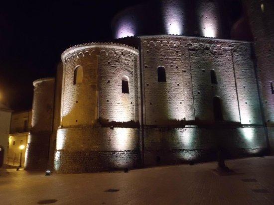 Acerenza Cathedral: Abside del deambulatorio sec. XI
