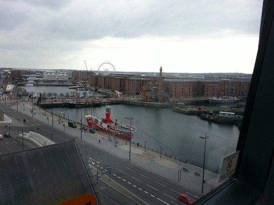 Travelodge Liverpool Central The Strand: View from room 911
